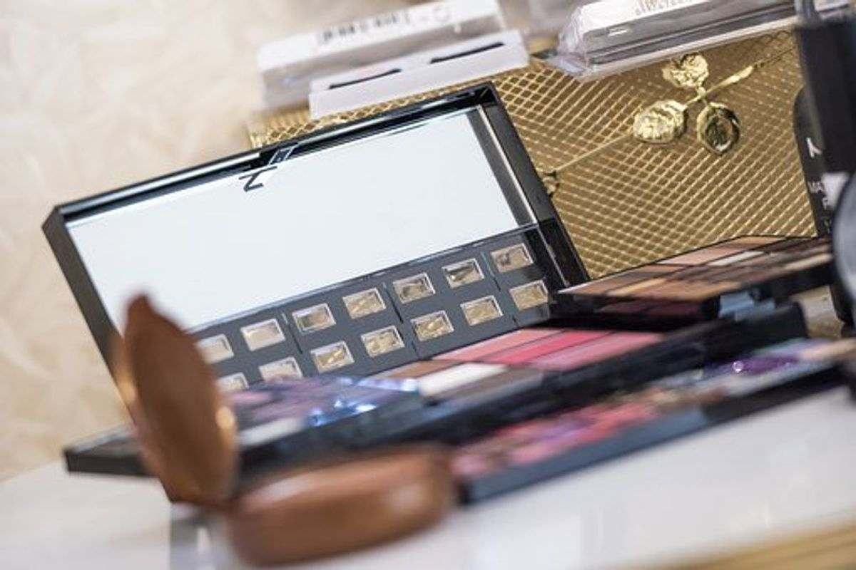 chanel full makeup set