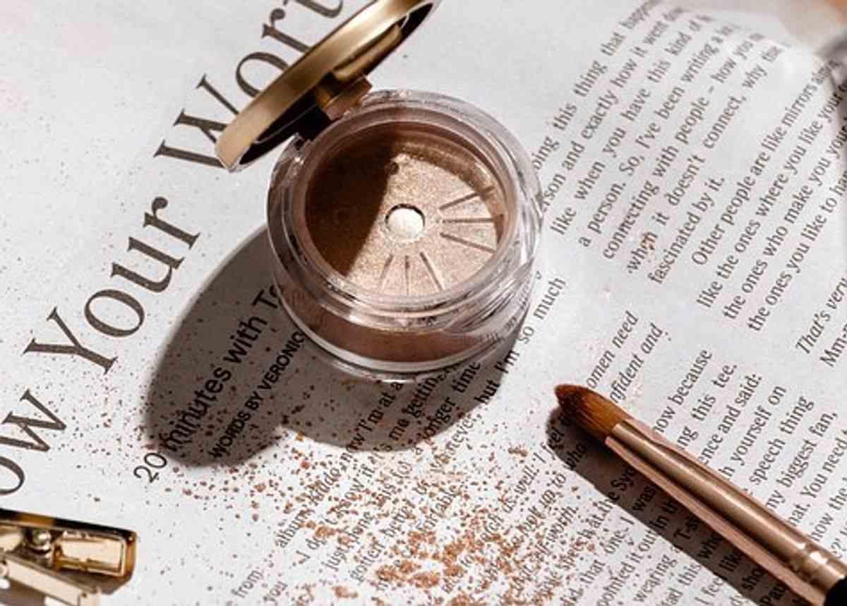 chanel makeup eyeshadow